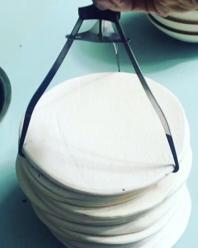 Noticing: Tools, tips, tricks... 1/3 . #Repost @cone11ceramics ・・・ Glaze cam. These glaze tongs are available from your local Asian grocer. They are used to take plates out of a steamer and are about $5. #cone11ceramics #glazing #kitchentools #plate #australianceramics  Yummery - best recipes. Follow Us! #kitchentools #kitchen