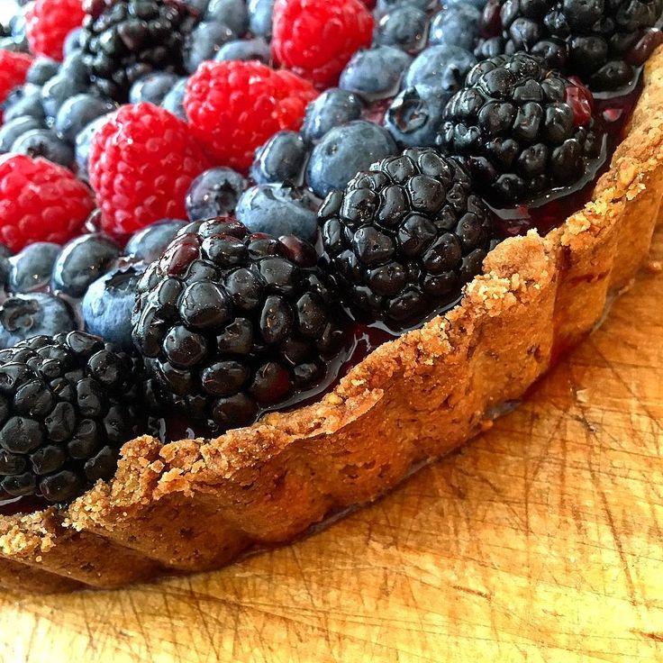 View #2 of my Vegan tart! Pistachio shortbread crust blackberry-mint-chia seed jam and fresh berry topping. The perfect way to take advantage of the end of summer berries:) #vegan #veganbaking #vegansofig #veganfoodshare #vegandessert #veganpie #vegantart #veganfruittart #pie #tart #fruittart #veganshortbread #veganjam #shortbread #pistachio #jam #chiajam #blackberry #blackberryjam #mint #blueberry #raspberry #summerberries #healthybaking #food52 #food52grams #howisummer #mywilliamssonoma #farmersmarket @food52 @foodnetwork @foodandwine @wholefoods @veganfoodspot @eater @tastingtable @williamssonoma @saveurmag @bonappetitmag @cookinglight @thekitchn @buzzfeedfood @foodrev @tastemade @tasteofhome @buzzfeedtasty @nytfood @nigellalawson @bbcgoodfood @cookingchannel @veganfoodshare @peta2 @thrivemags