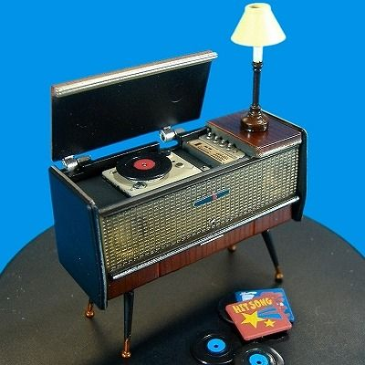 Miniature retro dollhouse record player