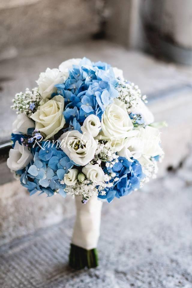 zarter Brautstrauß mit blauen Hortensien