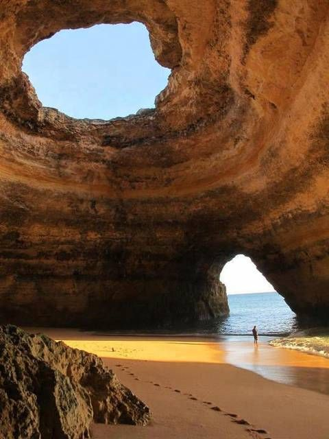 Sea Caves, Benagil Beach, Algarve, Portogallo