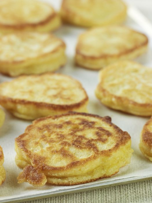 Southern HoeCakes ..cross between a pancake and cornbread.  Serve for breakfast or along side your favorite greens.