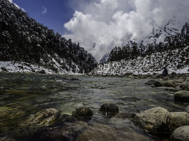 Here are 9 most tranquil, clean water bodies in India. The natural resources of India including lakes, rivers are some of the major bodies of water in India.