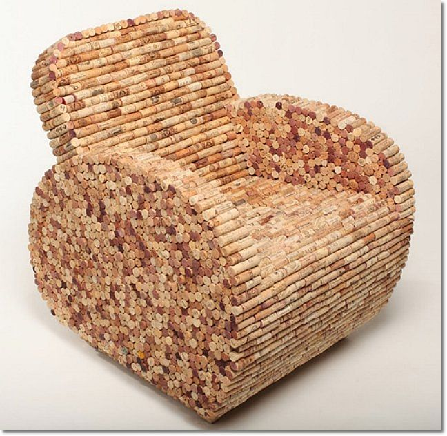 So that's what I can make with all those corks! Must drink more wine!: Diy Ideas, Wine Corks Crafts, Recycled Wine Corks, Make Furniture, Wine Bottle, Corks Chairs, Armchairs, Drinks, Corks Projects