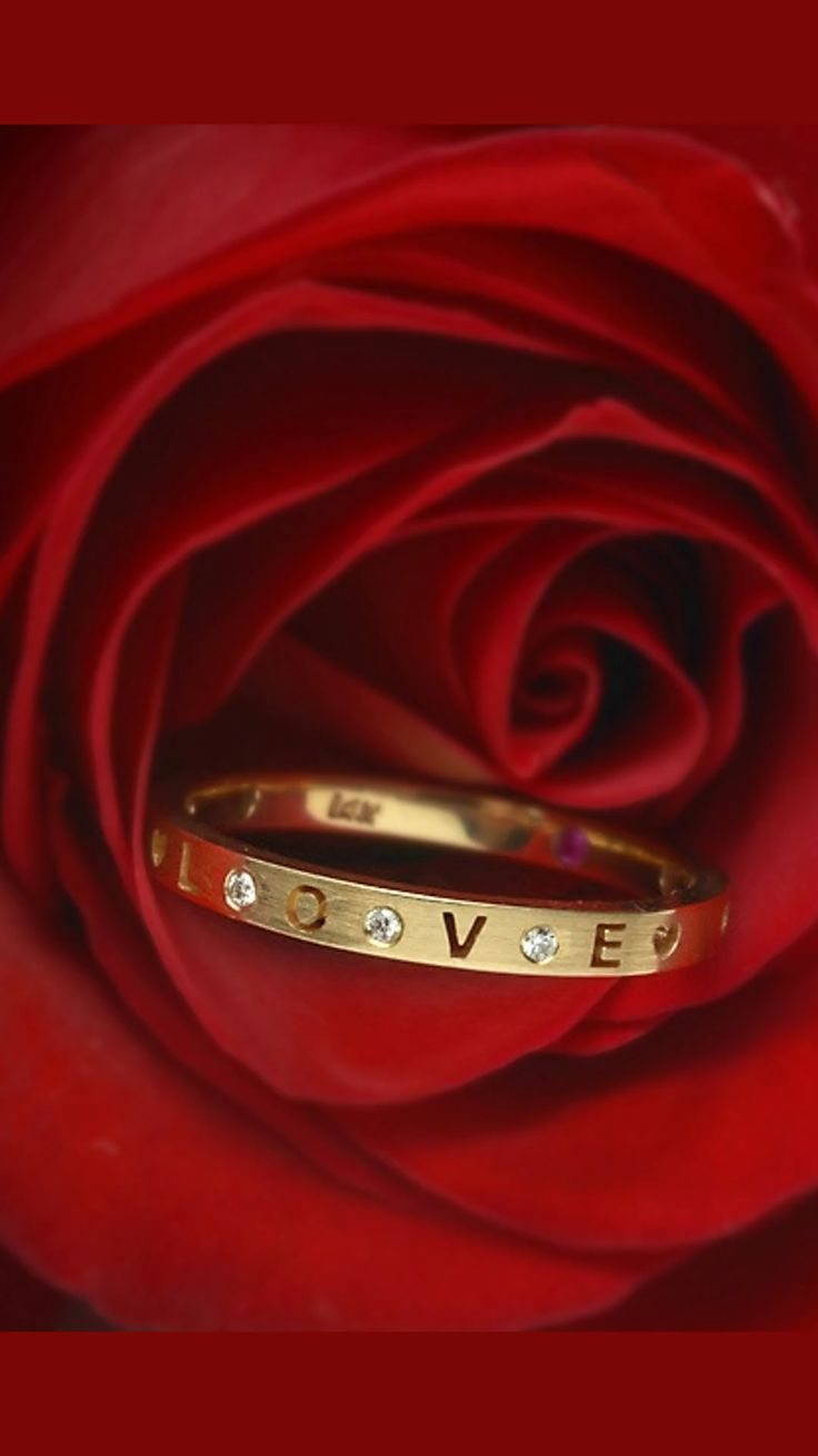 50% VALENTINE'S DAY DISCOUNT HEARTS AND SOUL COLLECTION! We are cleaning our stock and offering a 50% discount in our Hearts and Soul collection..Our stackable bands are made of 14k Gold with true cut outs with the words. LOVE-HOPE-FAITH-DREAM-SOUL-XOXO We have limited inventory in words and finger sizes.