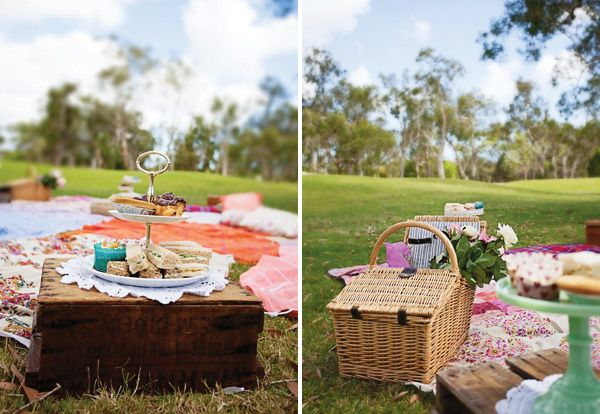 Vintage Style Picnic Baby Shower (+ Blessing Circle)