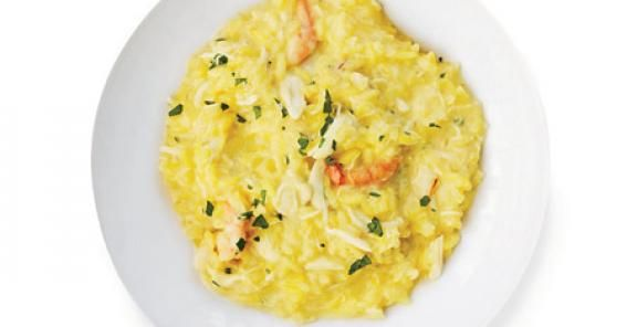 Creamy Seafood Risotto! Looks SO GOOD. Good risotto is HARD to cook right, but if you get it and then add seafood... WOW!
