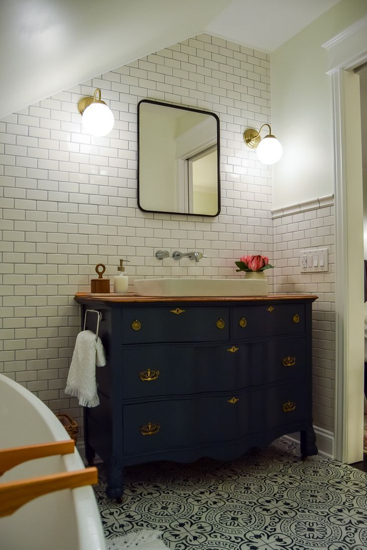 8 Capital Attic Bedroom For Teenager Ideas In 2020 Small Attic Bathroom Attic Bathroom Modern Vintage Bathroom