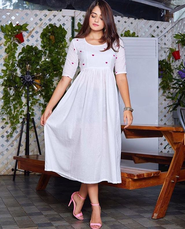 1dd282a69abc Pin by Shibna on kurtis in 2019 | Dresses, Designer dresses, Linen dresses