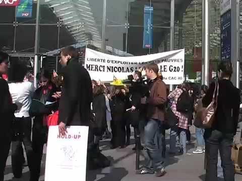Sarkozy revient du G20, les (faux) patrons lui disent merci!