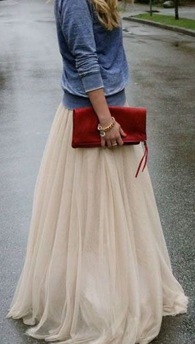 amore tulle skirt in beige. No idea where i would or if i would wear it but super cute!