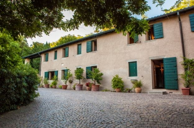 Stunning Country Houses On Sale in Padova