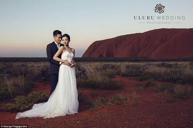 Photos are taken atMutitjulu Waterhole at the base of Uluru,alinguru Nyakunytjaku which ...