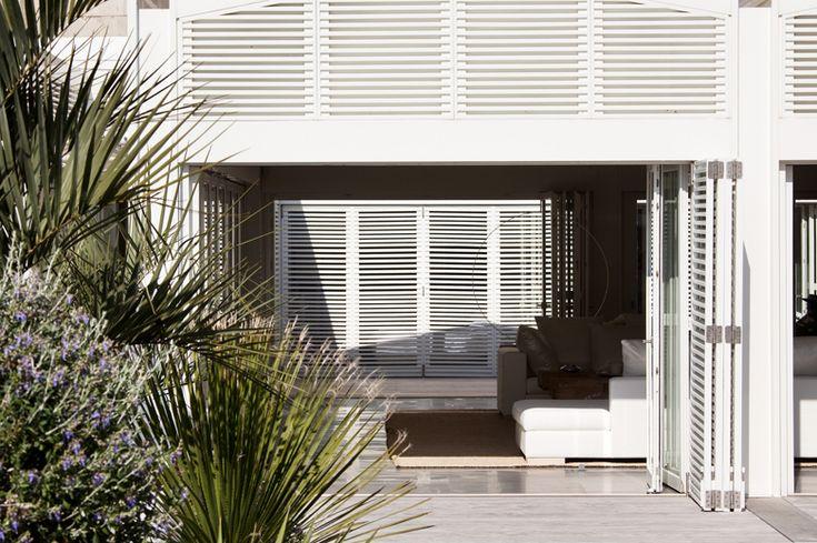 les 13 meilleures images propos de villa les bains de mer chauds sur pinterest villas. Black Bedroom Furniture Sets. Home Design Ideas