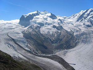 Monte Rosa mit Gorner- und Grenzgletscher, Nordend und Dufourspitze
