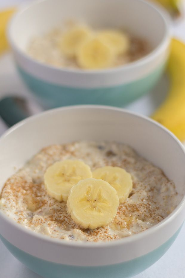 """Here's an easy overnight oats breakfast meal, packed with flavour and ready to give you all the protein and """"boost"""" you need at the start of the day!"""
