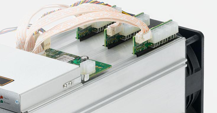 L3 là máy đào Litecoin được ra mắt bởi Bitmain với tỷ lệ băm (Hash rate) cực lớn nhưng tiêu thụ năng lượng rất thấp. Dưới đây là hướng dẫn sử dụng máy antminer L3 và cài đặt L3 cho người chơi mới mua máy về:  Thông số kỹ thuật:  Tổng tỷ lệ băm (Hash rate): 504M /s  Điện năng tiêu thụ ở tường: 800W  10% (Bộ nguồn Bitmain APW3-1600 watts hiệu suất AC / DC 93% nhiệt độ môi trường xung quanh 25 )  Hiệu suất điện: 1.6J / MH  10% (ở tường hiệu suất AC / DC 93% nhiệt độ môi trường 25  C)  Điện áp…