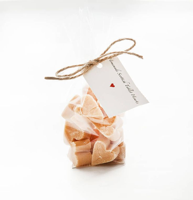 How To Give The Perfect Rustic Wedding Favours - Sweet treats | CHWV
