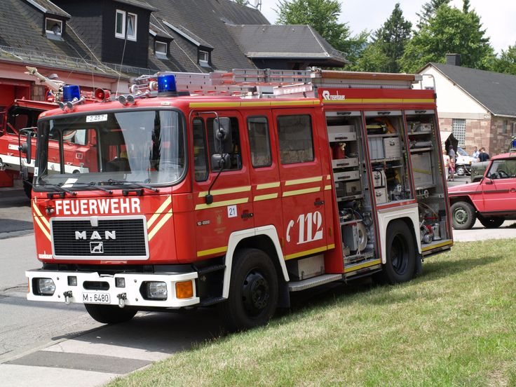 BF München HLF M.A.N 12.222 F-LF 37 Rosenbauer