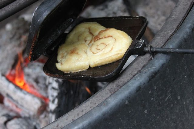 Camping cinnamon rolls