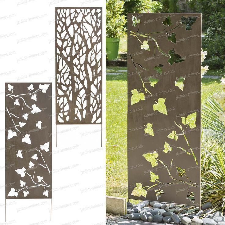 Un treillage décoratif en métal. Ce treillage décoratif peut être planté dans le sol ou fixé sur un mur . Très esthétique , ce panneau décoratif en...