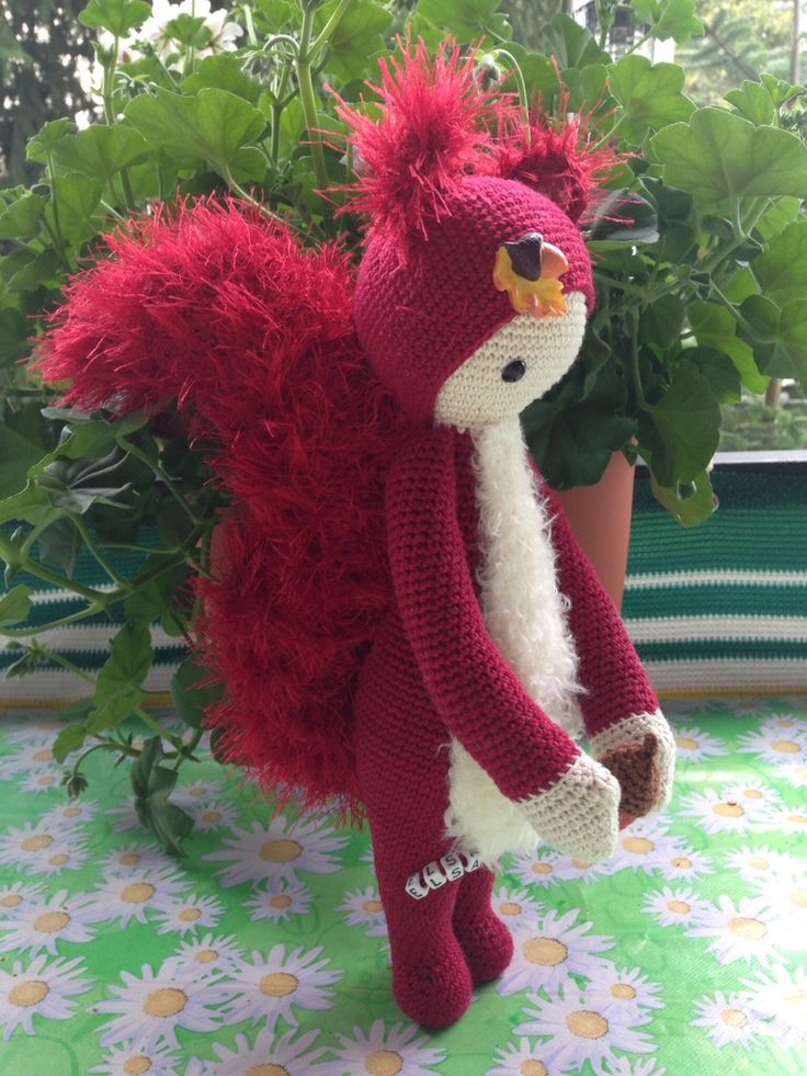 Squirrel mod made by Sonja F. / based on a lalylala crochet pattern