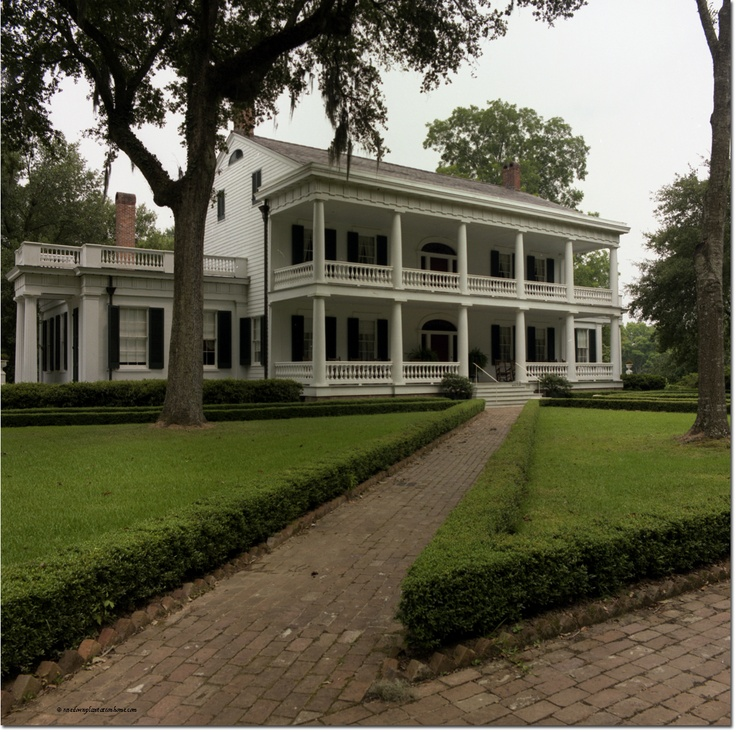 17 best images about southern plantation homes on for Home builders in south louisiana