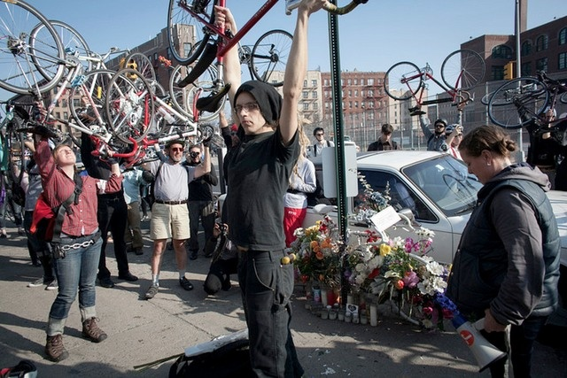 This looks like a very moving moment, celebrating those who died in bicycle accidents.