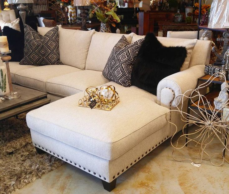 Spotted this #9000 Rocky Mountain Collection yesterday in Redondo Beach at Interior Accents....love this cool chaise lounge sectional, all feather down for super comfort. #furnituredesign #furnishings#furnituredesigner #furnishings #furniturestore #fauxfur #sectionals #sectionalsofa #designinterior #interiordesign #designer #homefurnishings #homedecor #sofas #familyroomdecor #livingroomdecor #LuxuriousLiving #Fabrics #specialorder #customfurniture #textiles #design #designers…