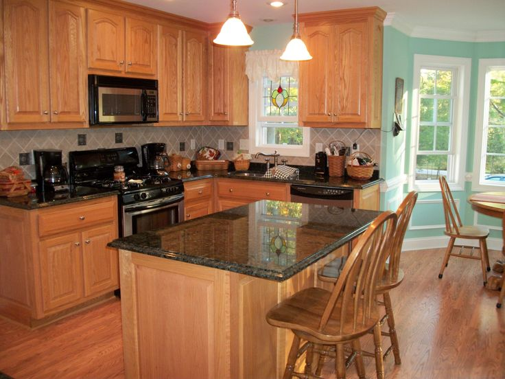 pretty kitchen countertops and backsplash also suitable with the electric devices which will you use to