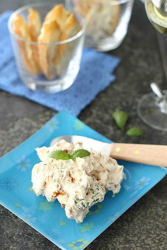 This awesome spread takes about 5 minutes to make.  Sun-Dried Tomato & Basil Cream Cheese Spread | Cookin' Canuck