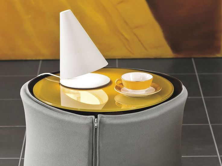 table-nuit-design-original-forme-bombee-ronde-colletto-lago-design-nusha-jelenec