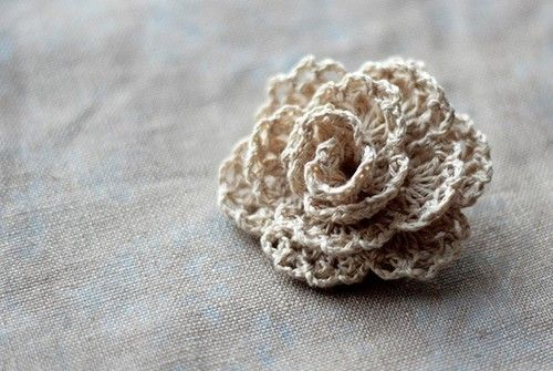 stunning rose..use different crochet edgings to make a rose...good idea..  http://french-knot.tumblr.com