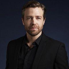 Simon Gleeson as Jean Valjean in the world tour of Les Miserables