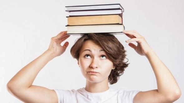 Best College Grants and Scholarships for Mothers and Women