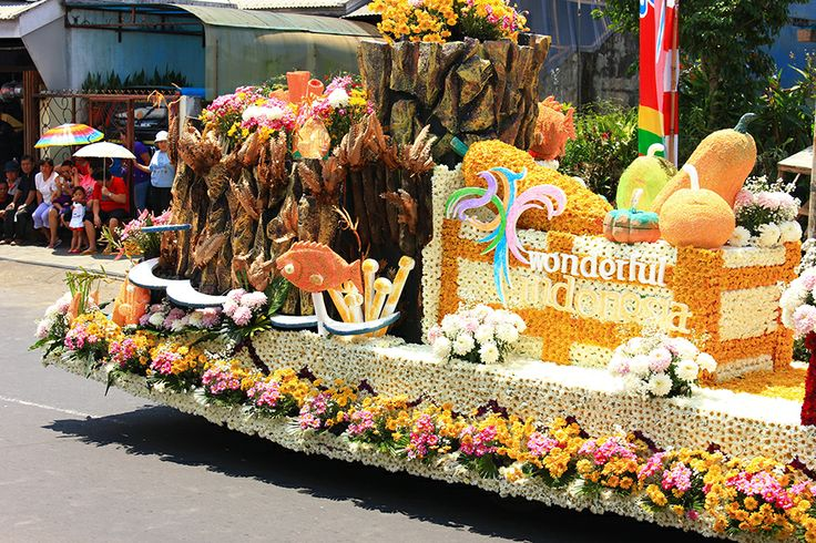 Tomohon International Flower Festival http://indonesia.travel/id/event/detail/843/tomohon-international-flower-festival-2014