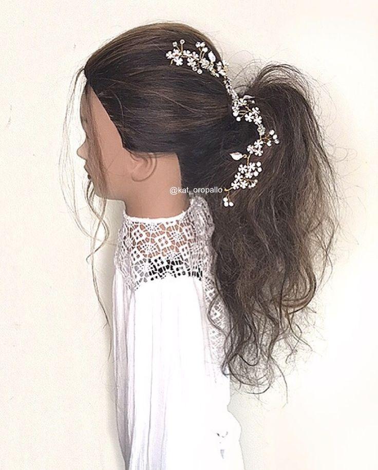 Inspiration from 2018 fashion week ! Hair by @kat_oropallo for more inspiration visit insta and Facebook Katherine Elizabeth Salon  #weddinginsporation #weddinstyle#fashionweek2018#ponytail#weddingupdos