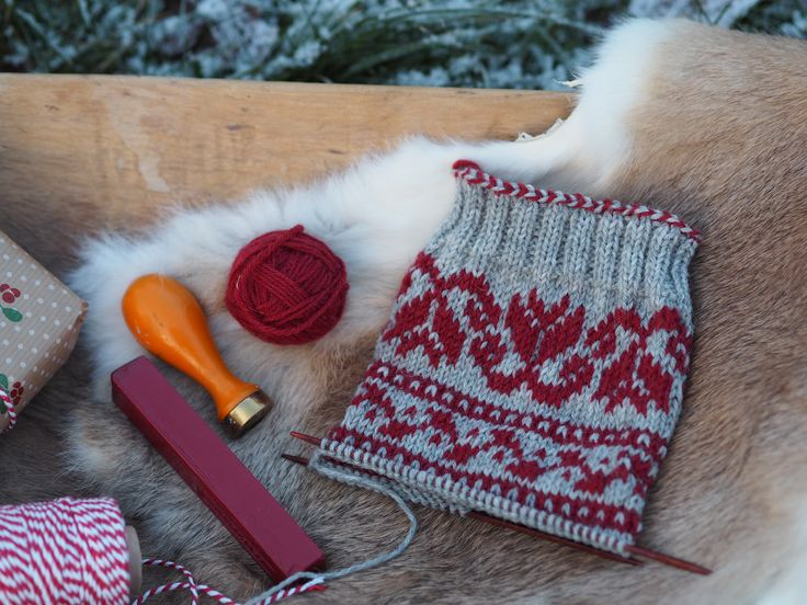 Part 1 of our Christmas knit-along Julsockan. Available in Swedish, Danish and Norwegian on our blog.