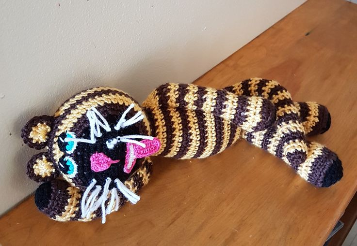 Crazy cat. (I decided to make this because there is a shortage of cats online.) Email for free pattern.