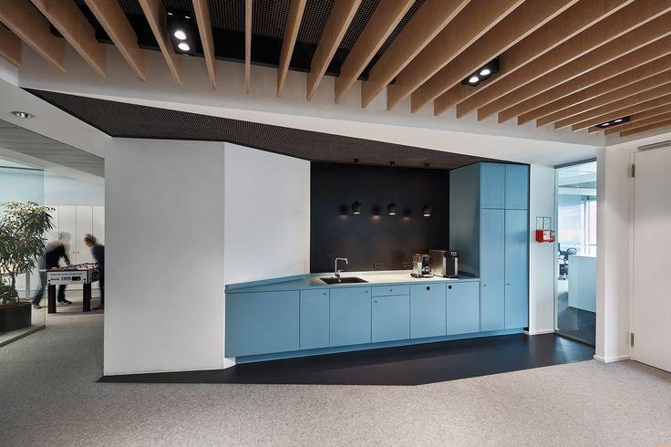 office tour omnicom media group germany offices. Black Bedroom Furniture Sets. Home Design Ideas