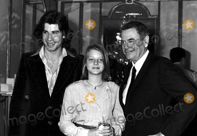 Jody Foster with John Travolt and Glen Ford at the Golden Apple Awards, Beverly Hills, CA. 12/19/1976 #10152 Photo by Phil Roach/ipol/Globe Photos, Inc.