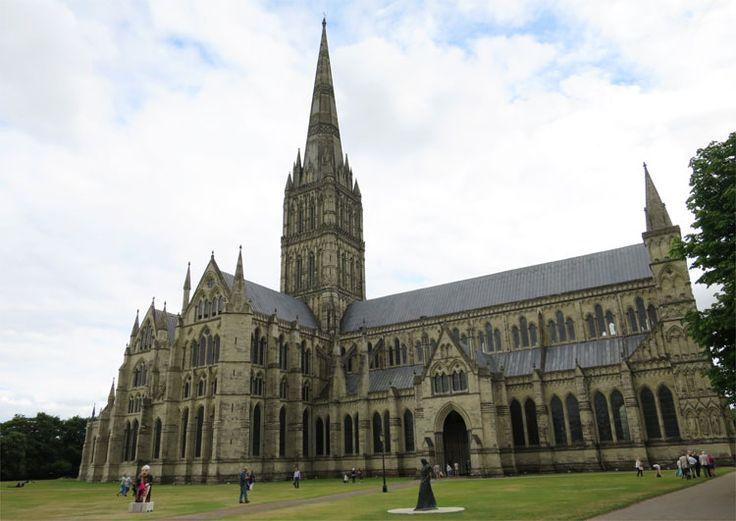 """Kathedrale von Salisbury, England - """"Die Säulen der Erde"""""""