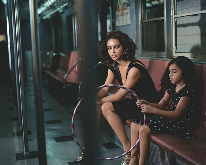 Декабрьский Numero Tokyo украсила Адриана Лима (Adriana Lima). Винсент Петерс (Vincent Peters) загнал девушку в подземку.