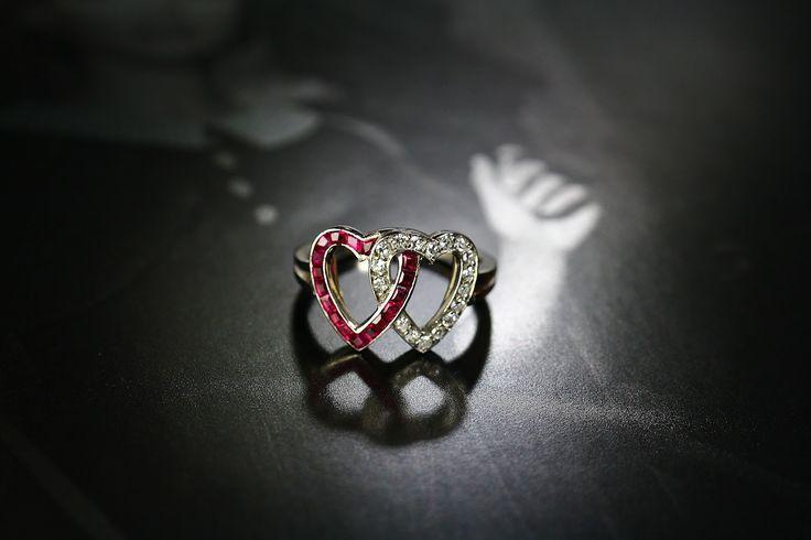 DIAMOND & RUBY DOUBLE HEART RING by J E Coldwell  (C)Regard Co.,Ltd