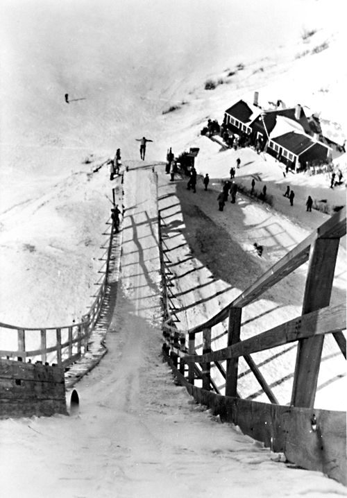 1949 photo of the Ski Jump Coulee