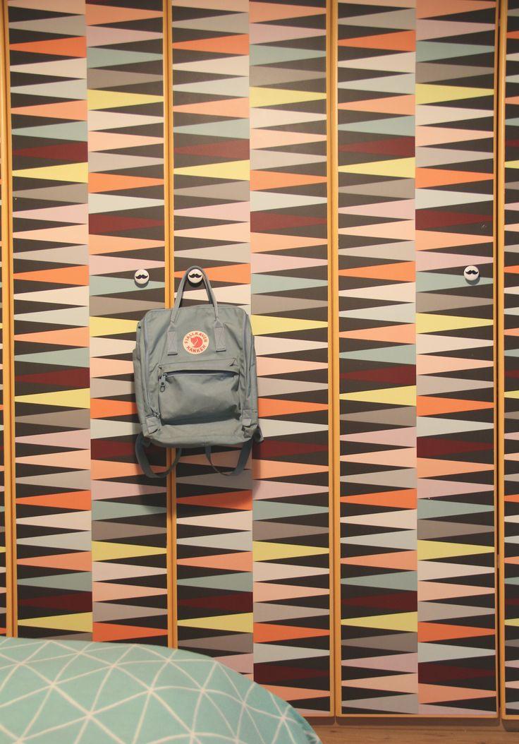 Oltre 25 fantastiche idee su carta da parati per armadio - Portacinture da armadio ikea ...