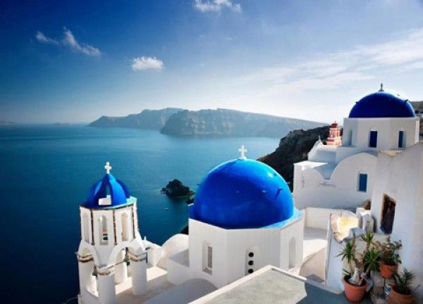 Santorini Voted Best Honeymoon Destination In The World