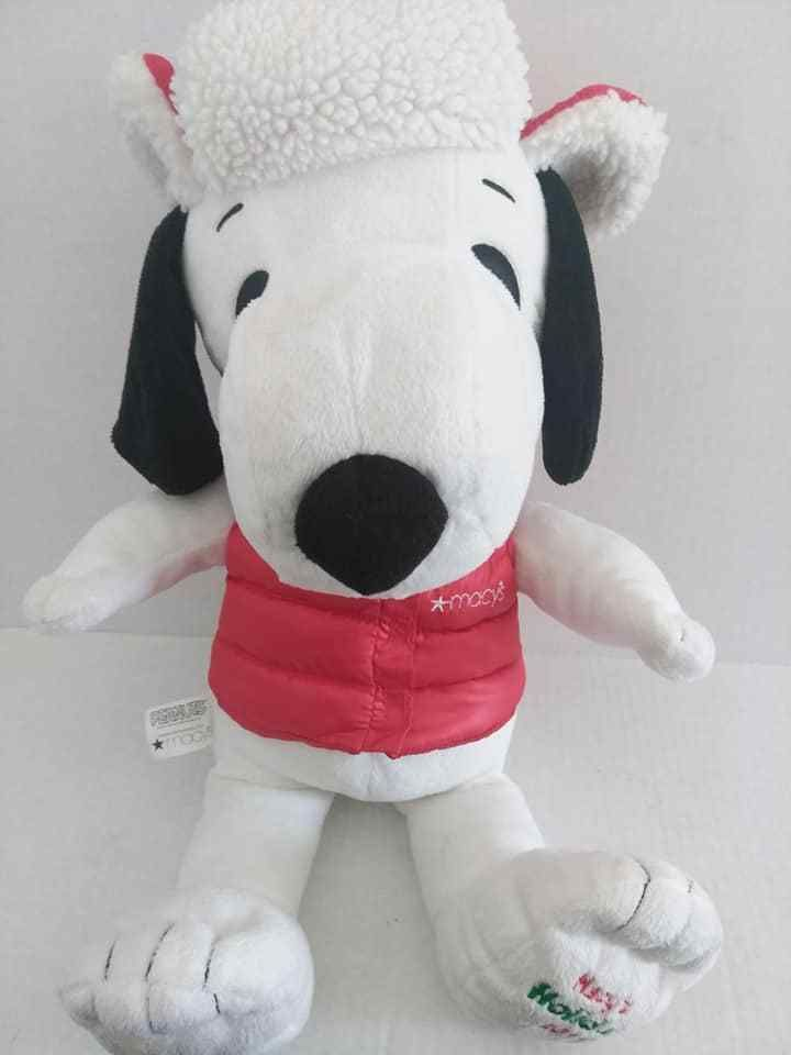 2015 Macy S Peanuts Christmas Holiday Snoopy Plush Red Hat And Vest