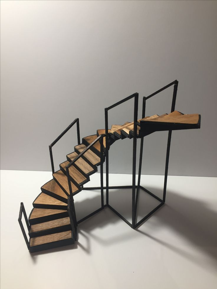 Staircase model with missing banister
