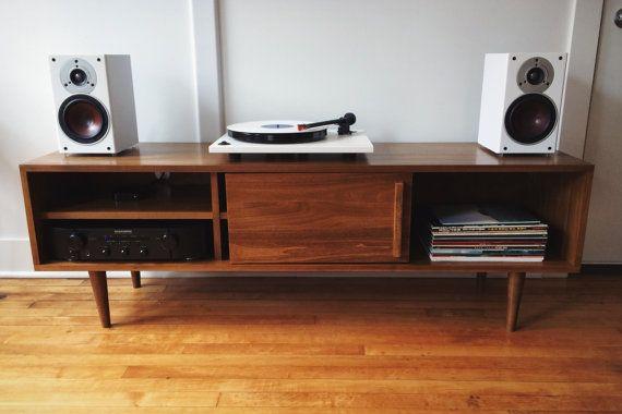 die besten 25 plattenspieler stand ideen auf pinterest platten aufbewahren vinyllagerung und. Black Bedroom Furniture Sets. Home Design Ideas
